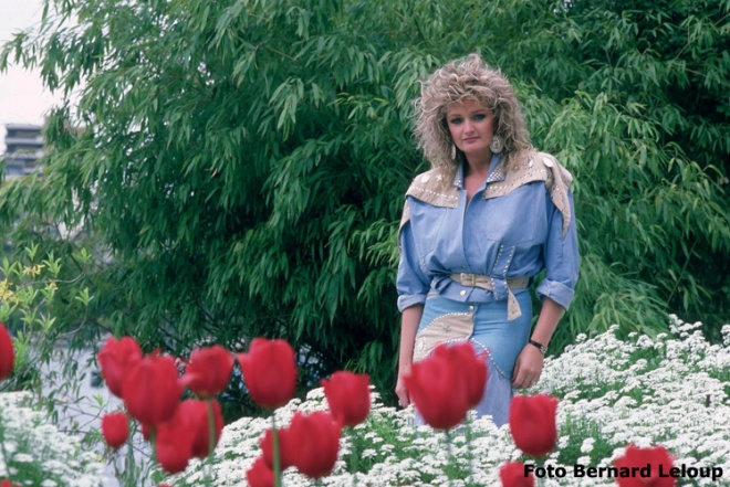 Bonnie Tyler Rose d' or à Montreux, nature, portrait