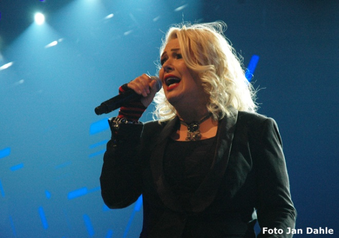 Kim Wilde_We Love The 80's 7-5-2016
