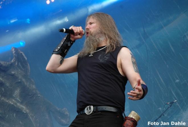 Amon Amarth - Johan H_TOR2016